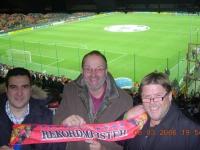 2006 08 03 Mailand Giuseppe-Meazza-Stadion mit Alfred Zechmeister und ital. GF