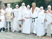 2005-08-13-filmaufnahmen-kulturverein-haarausfall-judo_mumien-1