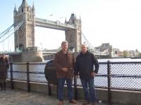 2005-london-em-towerbridge-mit-den-erfolgreichen-wettkämpfern