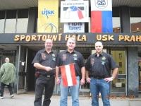 2006-prag-em-vor-der-prager-sporthalle