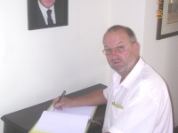 2007-brasilien-wm-eintrag-ins-kondolenzbuch-des-konsulates-für-bundespräs-waldheim