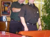 2009-budapest-em-kämpfer-massiert-pressechef