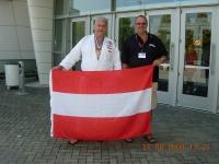 2009-usa-wm-patrioten-vor-der-sporthalle