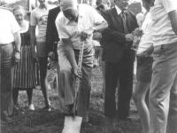 1977-08-06-spatenstich-turnerheim