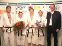 2002-04-06-judo-meisterschaftskampf-danke-für-karateeinlage