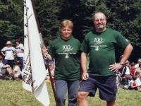 2004-08-15-jawa-seewalchen-turnwart-und-obmann-freuen-sich-ueber-den-sieg