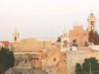 2013-11-26-bethlehem-geburtskirche-aussen