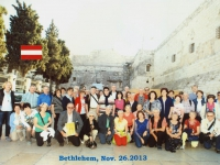 2013-11-26-bethlehem-geburtskirche-bus-gelb