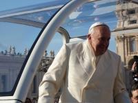 Der Papst steht 2 Meter vor uns!!!
