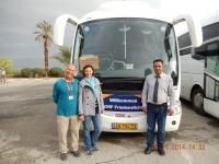 Reiseleiter Reisebegleiter Busfahrer Bus orange