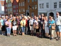 2014-08-06-kreuzfahrt-nordkap-bergen-gruppenfoto-ganze-gruppe