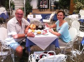 09 05 Perfektes Ambiente für Mittagessen in Cordoba