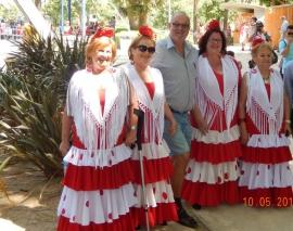 10 05 Ehrwürdige spanische Volkstanzgruppe