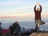 2015 11 04 Titicacasee Sonneninsel Yoga vor der Königsgebirgskette