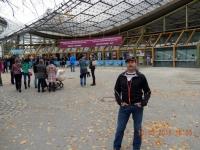 Vor der Olympiahalle 1