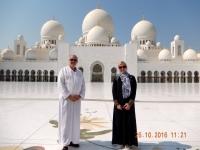 2016 10 26 Abu Dhabi Scheich Zayed Moschee Innenhof