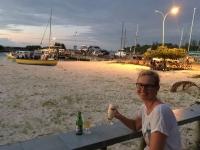 2016 10 31 La Digue Sonnenuntergang in der Strandbar
