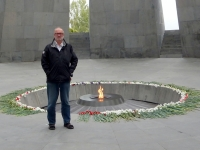 2016 10 20 Gedenkstätte Genozid Ewige Flamme