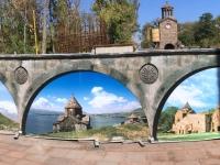 2016 10 16 Kathedrale Etschmiadsin Vorhof