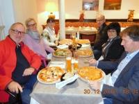 Abendessen in der Pizzeria Aida