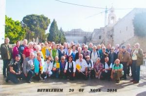 2016 11 20 Bethlehem Geburtskirche Bus gelb