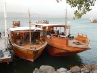 2016 11 23 See Genezareth unsere Boote für die Bootsfahrt