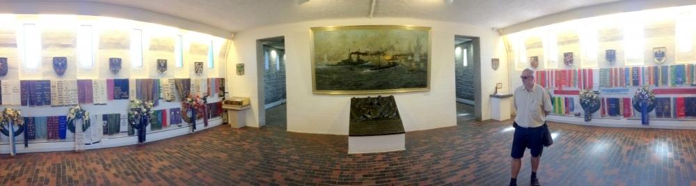 2016 06 11 Laboe Marine Ehrenmal Gedenkhalle