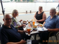 Abendessen im Restaurant Fischkajüte
