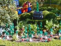 Gemüse und Sträucher aus Lego