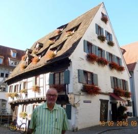 2016 09 13 Ulm Schiefes Haus und schiefstes Hotel der Welt