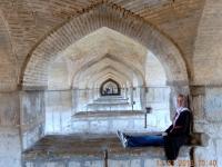 2016 03 13 Isfahan_unter der schönsten Brücke Pol e Khadjou