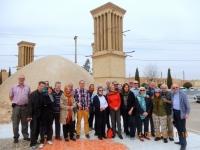 2016 03 14 Yazd Wasserreservoire mit 4 Windtürme_Gruppenfoto