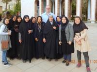 2016 03 15 Shiraz Mausoleum vom Dichter Saadi Gruppenfoto mit Gerald