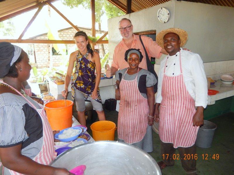 2016 02 17 Besuch Schule Küchenpersonal