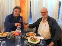 2017 04 28 Prost beim ersten Abendessen