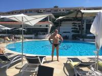 2017 06 15 Hotel toller Pool zum Entspannen