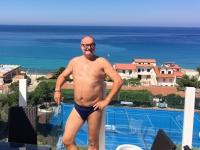 2017 06 15 Hotelpoolanlage mit Blick aufs Meer