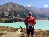 2017 09 01 Almaty Kasachstan Großer Alamatiner See FC Bayern