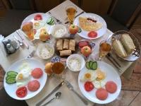 2017 08 27 Astana sehr gutes kasachisches Frühstück