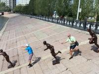 2017 08 28 Astana Promenade am Fluss Ischim 1