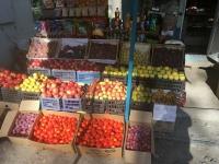 2017 08 30 Marktstände bei der Rückfahrt vom Charyn Canyon