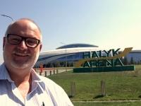 2017 09 02 Almaty Halyk Eisarena bei der Fahrt zum Flughafen