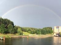 2017 08 15 Wunderschöner Regenbogen vor der Schleuse