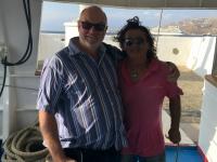 2017 10 07 Mykonos mit Bootsmann der wie Waterloo aussieht