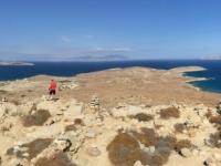 2017 10 07 Delos Blick von der Bergspitze auf Kykladen Inseln