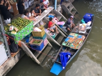 2017 10 28 Thailand Amphawa Floating Markt mit Bootsküchen