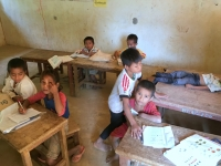 2017 10 31 Dorf Ban Huay Lern Schulklasse