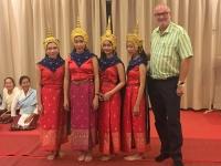 2017 11 01 Baci Zeremonie im Hotel mit Tänzerinnen