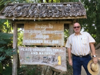 2017 11 01 Besuch Dorf Muang Keo Village