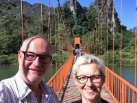 2017 11 07 Tham Chang Tropfsteinhöhle Zugangsbrücke 5
